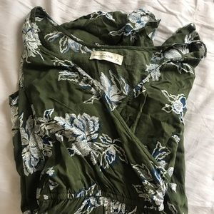 abercrombie & fitch floral bell sleeved romper
